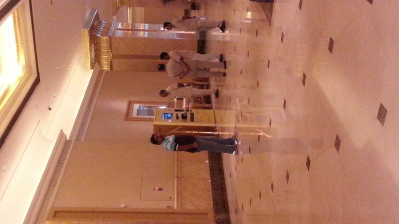 ماكينة الذهب في قصر الإمارات في #أبوظبي