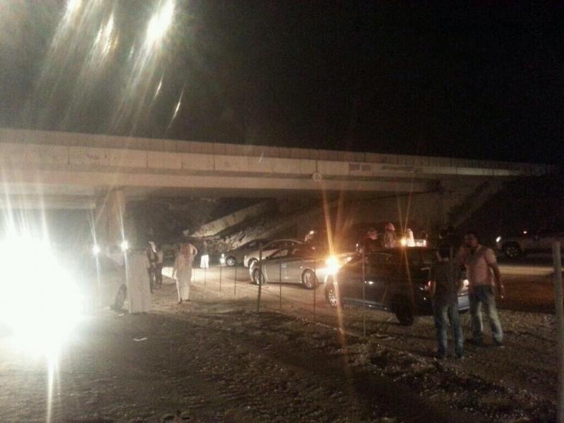 انهيار جسر الدمام الرياض