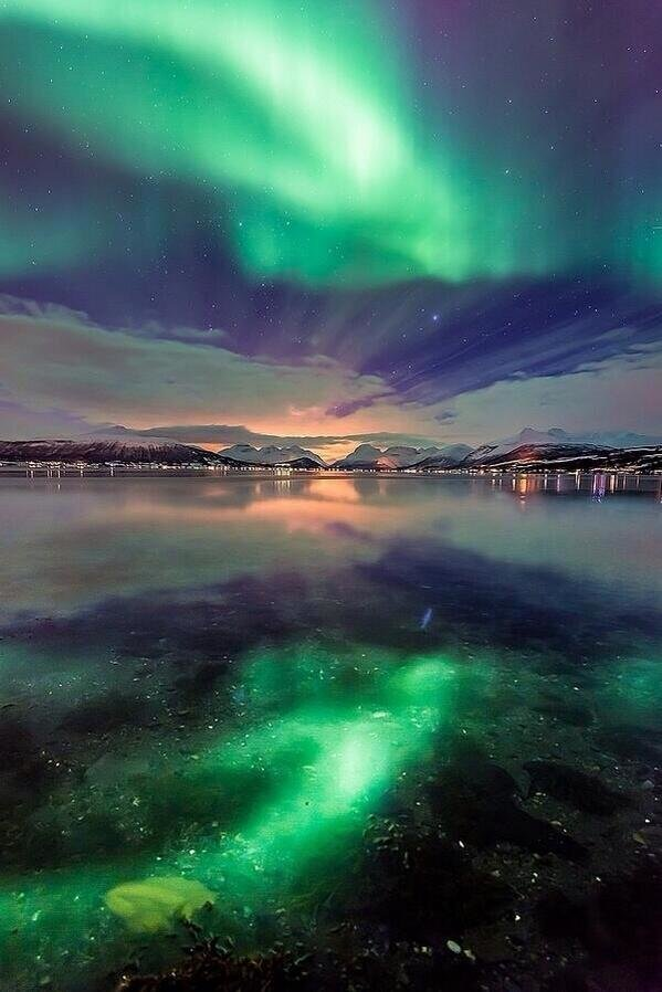 Northern light reflection, Tromsø, Norway.
