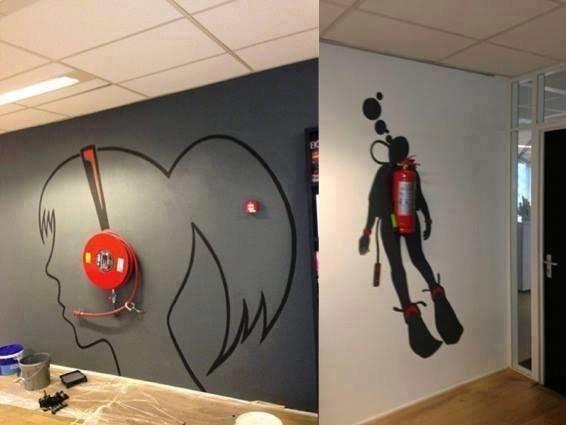ابداع الرسم على الجدران