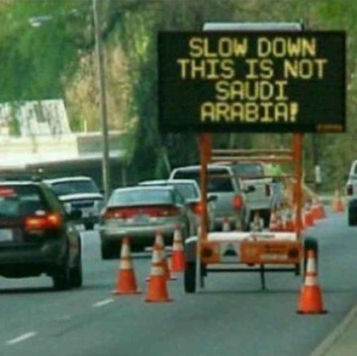 لوحة تحذيرية خفض سرعتك لست في #السعودية #فوتوشوب