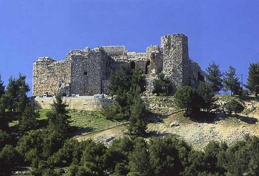قلعة #عجلون #الأردن أو قلعة الربض من أعلى الحصون الدفاعية المطلة في العالم