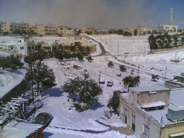 مدينة #السلط #الأردن مكسوة بالثلج