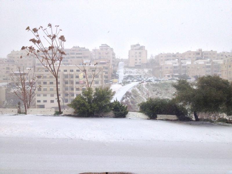 تلاع العلي في #عمان #الأردن خلال الثلج - صورة2