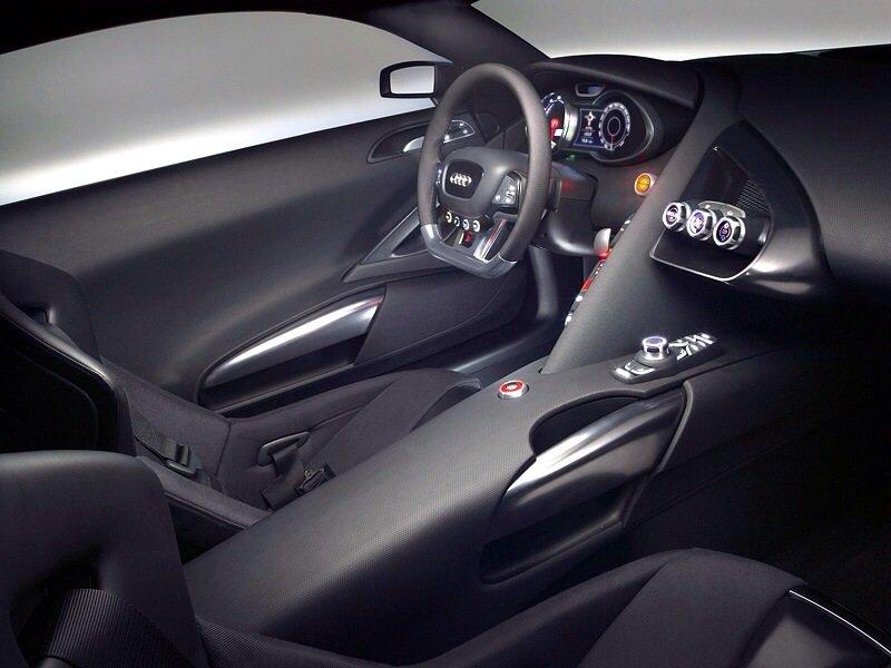 AUDI Le Mans - interior shot