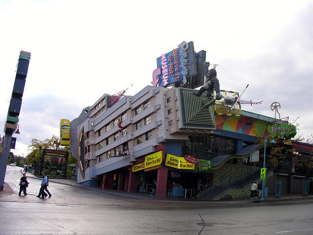 Amazing Buildings - Ripley's Believe It or Not! (Niagara Falls, Ontario, Canada)
