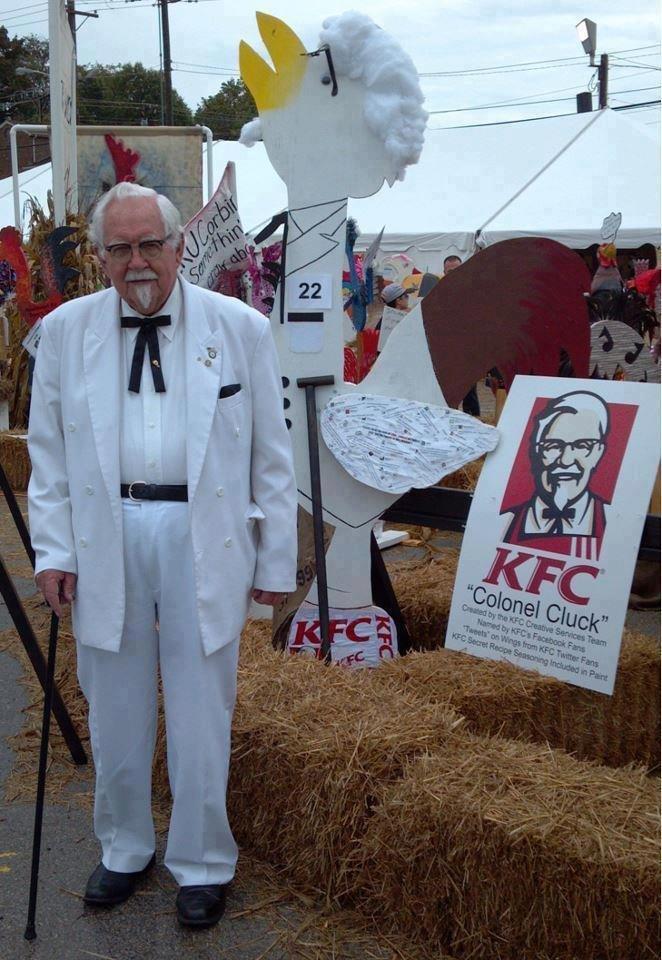 واخيرا تم اكتشاف صاحب الصورة KFC