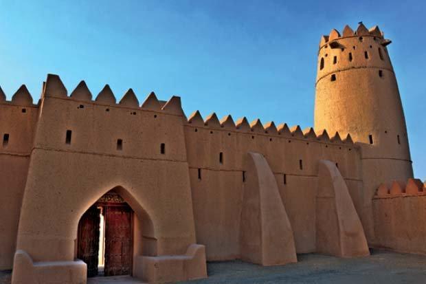 قلعة الجاهلي من معالم مدينة#العين في #أبوظبي