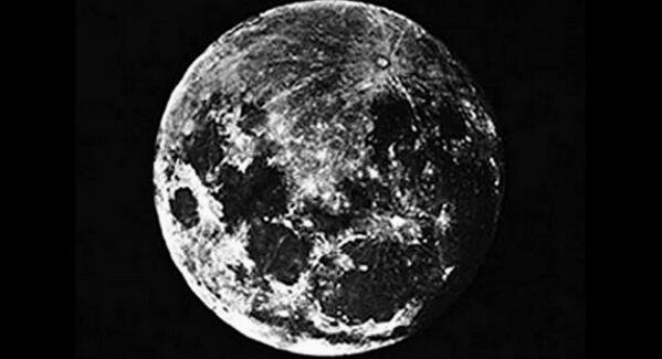 The very first photo of the moon, taken by John William Draper in 1839