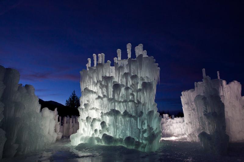 من أجمل ما ستراه عيناك .. قلاع الجليد في كولورادو
