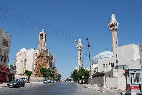 عندما تلتقي مآذن المساجد وأجراس الكنائس فأنت في #عمان #الأردن
