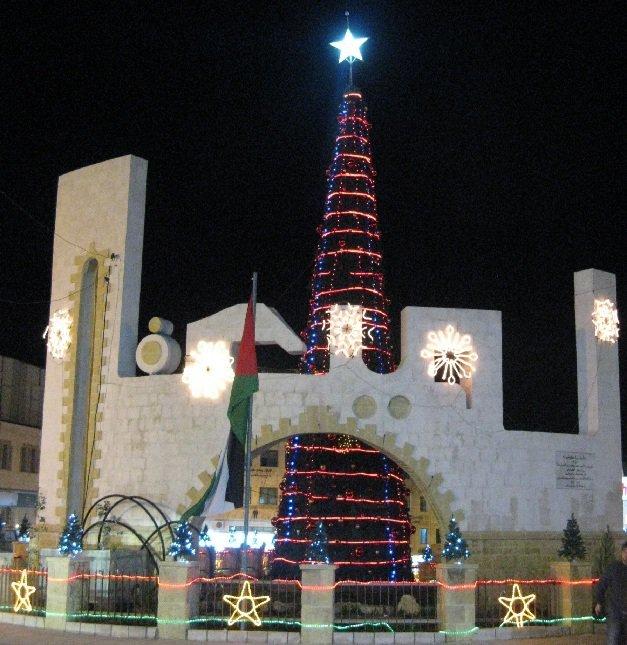 شجرة الميلاد في #الفحيص #الأردن عام 2010 #تاريخ