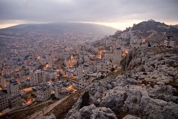 صورة رائعةلمدينة نابلس