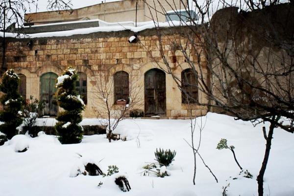أحد بيوت #عجلون ال#قديمة في الشتاء #الأردن