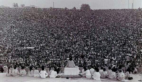 Opening ceremony of Woodstock, 1969