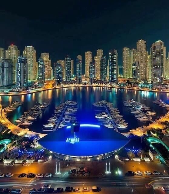Night-time in Dubai