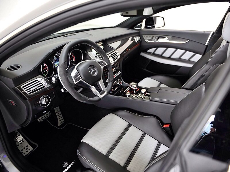 Mercedes-Benz Brabus CLS63 AMG Shooting Brake 4Matic 850 6.0 Biturbo - interior shot