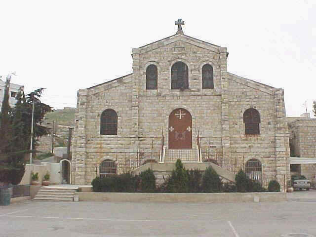 كنيسة قلب مريم الطاهر، الفحيص ( كنيسة اللاتين- البلد) #الفحيص #الأردن