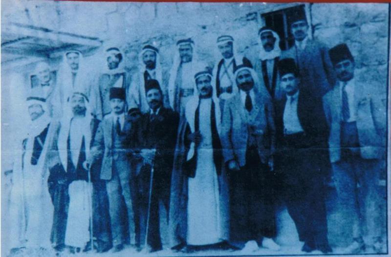 جمع من وجهاء و رجالات الأردن في إستقبال الأمير راشد الخزاعي #عجلون #الأردن #تاريخ