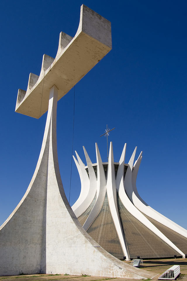 Amazing Buildings - Cathedral of Brasilia (Brazil)