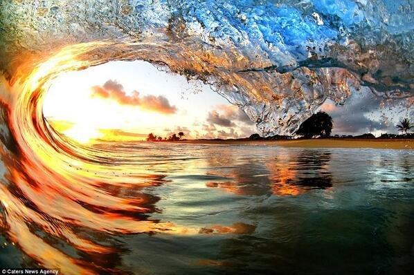 Sunset through the wave