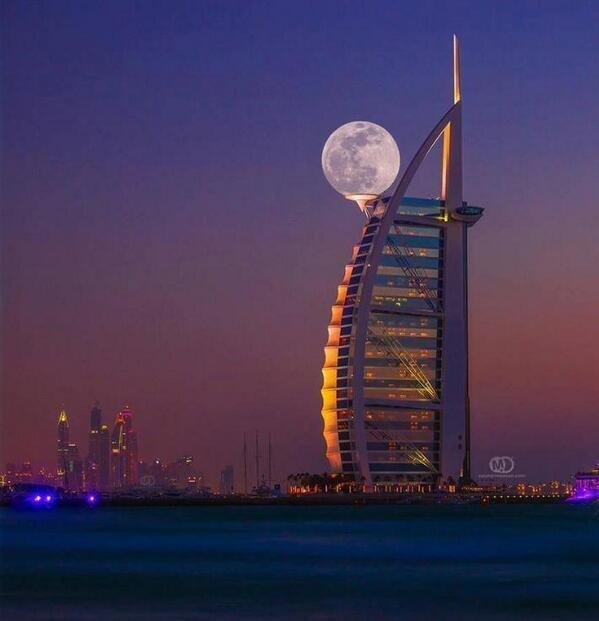 Perfect supermoon in Dubai