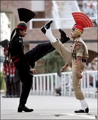 صور مضحكة للجيش الهندي - صورة 1