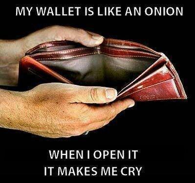 محفظة الشاب العربي
