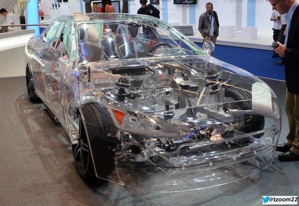 سيارة شفافة بالكامل عرضت في فرانكفورت 2013 #غرد_بصورة #عجائب