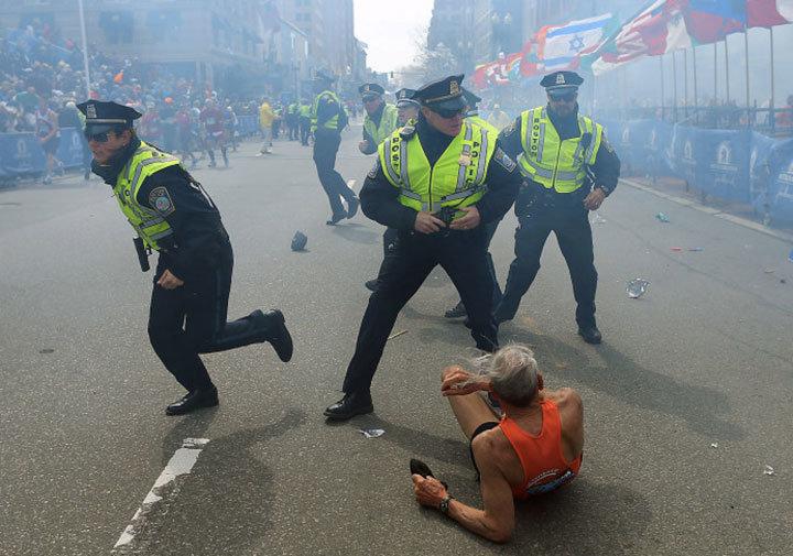 أفضل 10 صور لعام 2013 باختيار مجلة التايم - ماراثون بوسطن