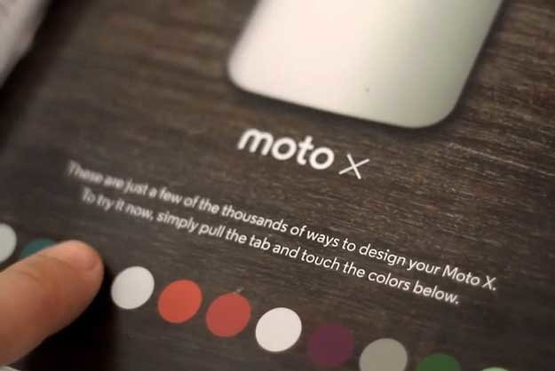 Most creative marketing campaigns 2013: Motorola's Interactive Print Ad Changes Colors With A Touch
