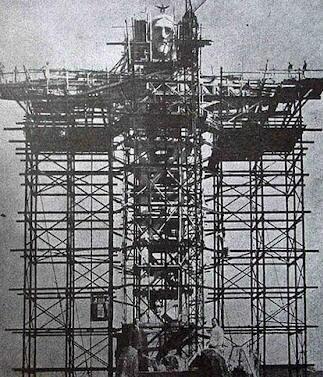 Construction of Christ the Redeemer in Rio de Janeiro, Brazil