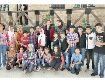 جلالة #الملكة_رانيا في معهد فن الفسيفساء والترميم في #مادبا #الأردن