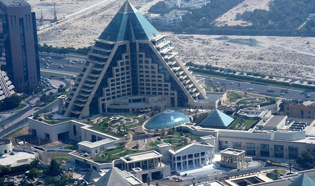 Amazing Buildings - Raffles Dubai in Wafi city (Dubai, UAE)