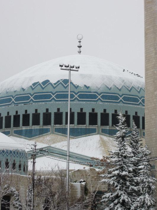 King Abdulla Mosque in #Amman #Jordan covered with snow