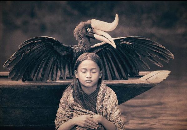 مصور يدمج صور بشر مع حيوانات تحت عنوان -Coming Together Like One - صورة ٢