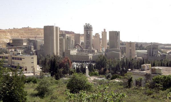 مصانع الاسمنت في #الفحيص #الأردن