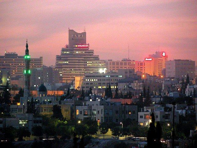 #عمان #الأردن ويظهر مجمع بنك الإسكان