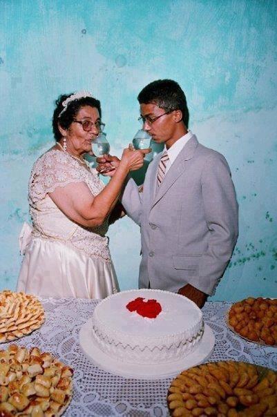 هندي يتزوج جدته المسنة ليتمكن من رعايتها