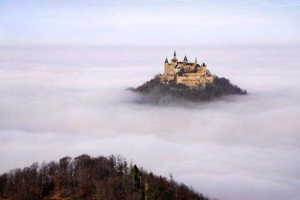 قلعة هوهنزولرن، ألمانيا..