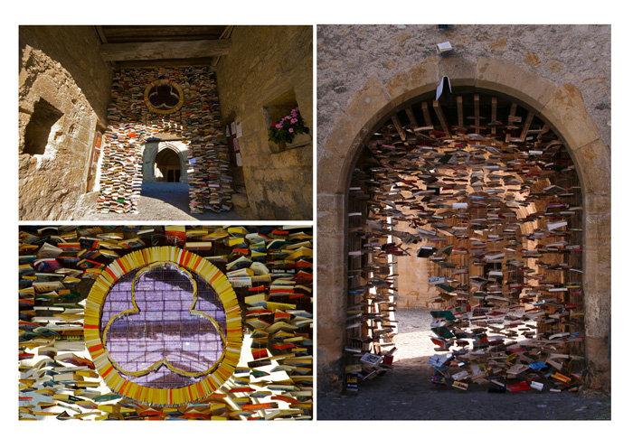 الكتب في #سويسرا لا ترمى بل تستخدم لتنفيذ تصاميم فنية في الشوارع