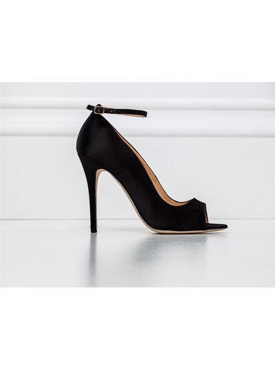 حذاء من تصميم زهير مراد  صورة 24
