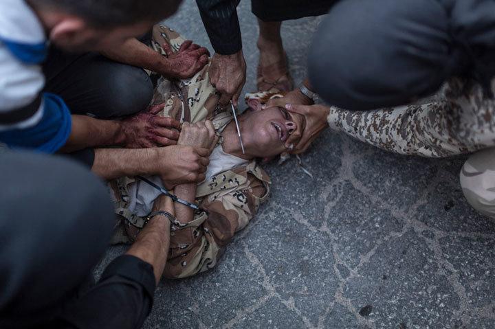 أفضل 10 صور لعام 2013 باختيار مجلة التايم - إعدام في حلب