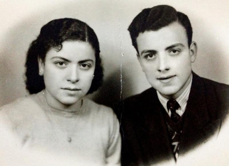 صورة #قديمة لزوجين من #مادبا #الأردن