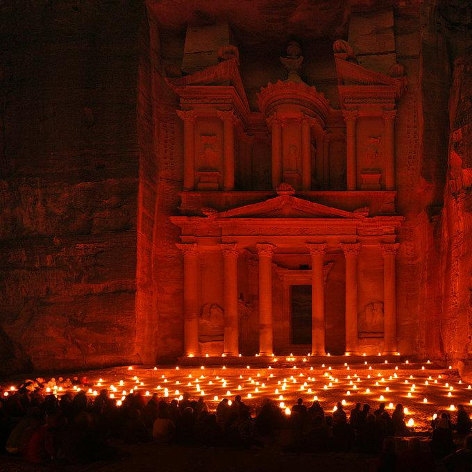 PETRA – JORDAN (AT NIGHT)