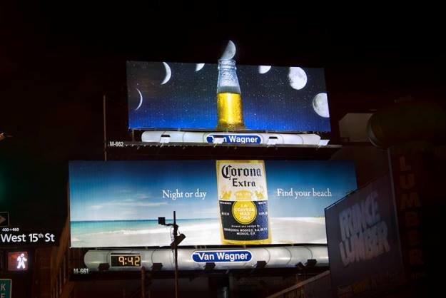 Most creative marketing campaigns 2013: Corona Billboard Transforms The Moon Into A Lime