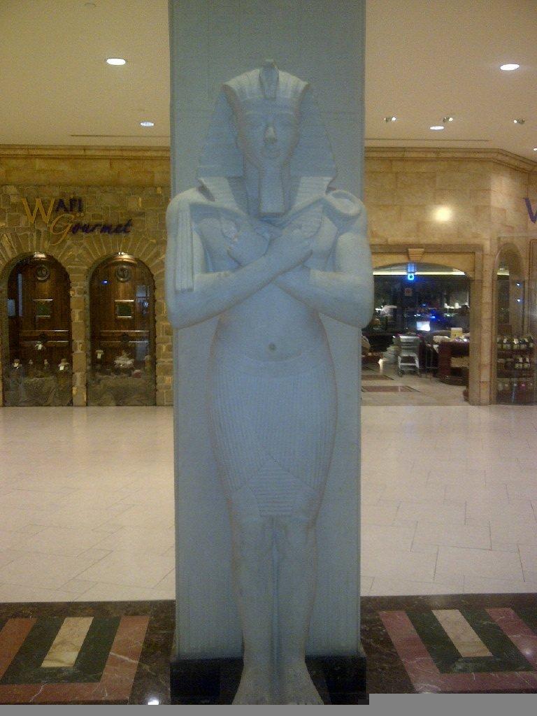 الفراعنة في #دبي