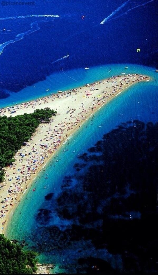 صورة لأجمل الشواطئ في العالم ، شاطئ جزيرة براك في كرواتيا #معلومات