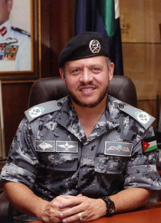 صورة لجلالة #الملك_عبدالله الثاني بالزي العسكري