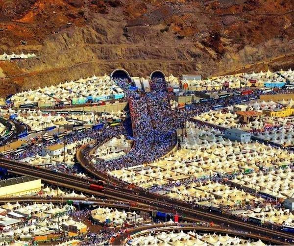 صورة رائعة جدا ومعبرة ل #مكة أثناء #الحج